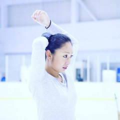 安藤美姫さんが知的障害者のスポーツ祭典に参加し選手らと交流