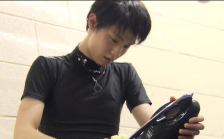 オークション終了。羽生結弦のスケート靴が破格の336万円で落札される&仙台に世界選手権のポスター設置で素敵な王子様登場