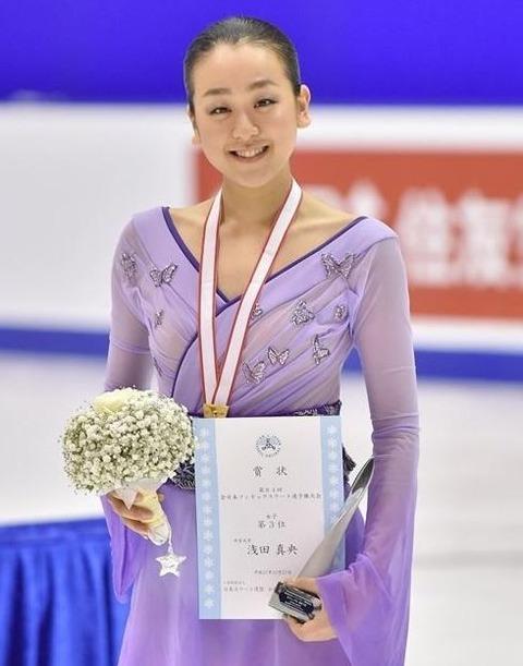 冬のスポーツを代表する顔は浅田真央。精神力の強さや人間性に共感