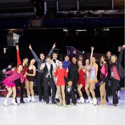 浅田真央、スイスのアイスレジェンドで舞う。ヨーロッパで初めて滑ったアイスショーは大盛り上がりで大成功