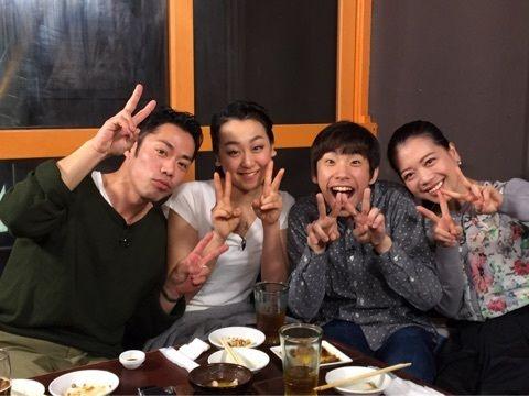 浅田真央が高橋大輔らSOIの出演者達とロケの目撃情報。仲良く美味しそうにお食事してる写真を公開