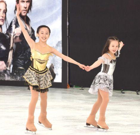 本田望結&紗来がフィギュアスケートで姉妹共演。可憐なオリジナル演技で魅了