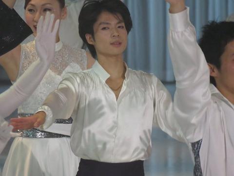 アイスショーで魅せた町田樹ワールドにクリス松村さんもエキサイティング!羽生君の妖精もひょっこり現れちゃった?