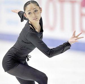 8月に行われるハビエルのアイスショーに安藤美姫さんは出演するかな?