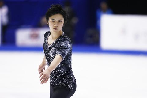 宇野昌磨選手が来季新プログラムを発表。公式サイトからはメッセージが送られ我慢していたケーキをようやく食べられたみたいだ