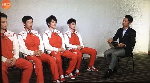 高橋大輔が内村航平にインタビュー。緊張しながらも徐々に話しの聞き出し方が上手になってきてる?