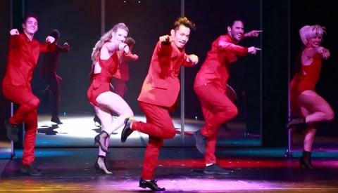 高橋大輔がゲスト出演するラヴ・オン・ザ・フロア初日から満席で大成功。リピーターもついて上々の滑り出し