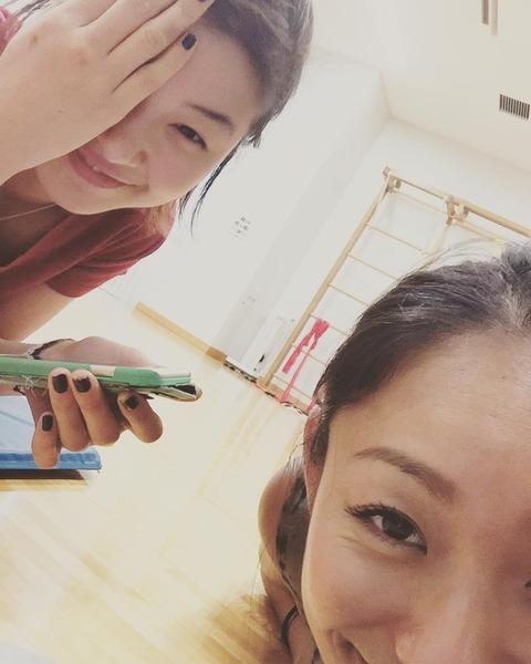安藤美姫が村上佳菜子と地元の名古屋でツーショット&復興イベント未来への道1000km縦断リレーにも参加し復興をアピール