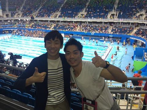 「リオで会ったよ!」高橋大輔&織田信成が夏季五輪取材中に偶然遭遇