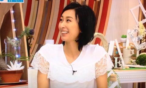 浅田舞が髪をショートカットにして初めてTVに出演。前の髪型よりも似合ってる?