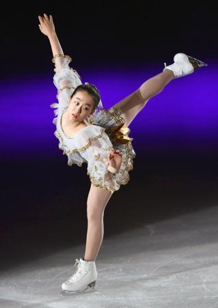 THE ICE2016。10周年を記念した豪華出演陣の演技を堪能。浅田真央の新EXチェロ・スイートの魅力に見入ってしまう