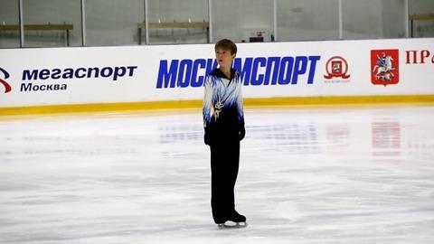 ロシア男子ジュニア選手に羽生結弦のファントム衣装をリスペクトした可愛い子が現れる