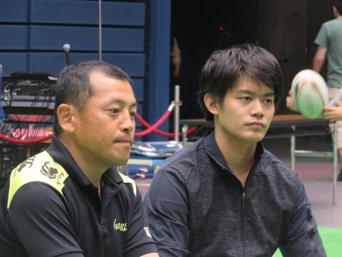 社業に邁進。小塚崇彦がトヨタ社員としてみんなのカローラまつりイベントに参加。