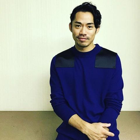 能登直撮影。雑誌シュプールのインスタグラムに高橋大輔の写真を掲載