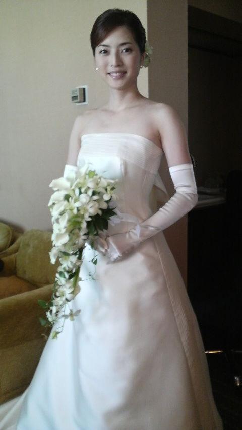 年齢不詳?八木沼純子・安藤美姫のウェディングドレス姿が綺麗