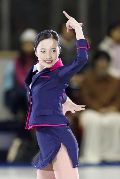 恋ダンスも披露!2017年名古屋フェスティバルに本田真凜が出演し今年初滑り。今年の抱負は「勢」