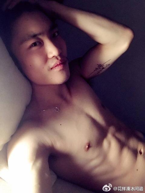 ハンヤン選手のセクシーな肉体美を公開。上半身の筋肉が凄い