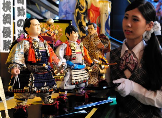 優勝の感動味わって。羽生結弦・稀勢の里の五月人形を展示