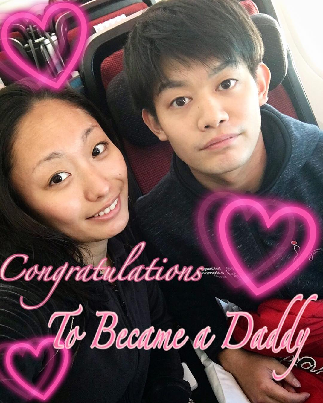 安藤美姫さんが小塚崇彦氏の赤ちゃん誕生に送った一枚のお祝い写真に賛否両論