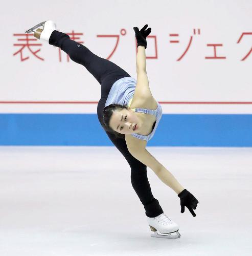 樋口新葉がトリプルアクセル2度着氷。岡島コーチ驚きの完成度「きれいすぎてびっくり」