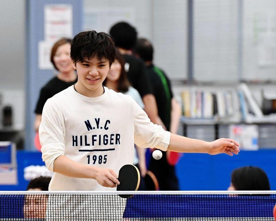 気分リフレッシュ。平昌五輪代表候補が卓球で交流。宇野昌磨「みんな下手すぎ」&スノーボードの平野歩夢くんがイケメンの好青年になってる