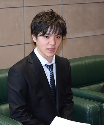宇野昌磨選手が今シーズンの大会結果を中京大学首脳に報告&宇野選手の振り付けを今年の夏にステファン・ランビエールが行うとの事