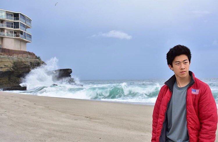 男はつらいよ?ネイサン・チェンが海をバックに撮った一枚の写真が昭和の香りがすると話題に