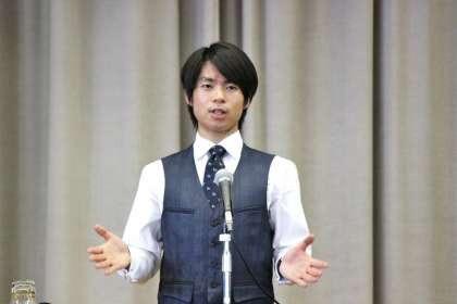 町田樹の車から降りるシーンが青年実業家に見えてカッコいい
