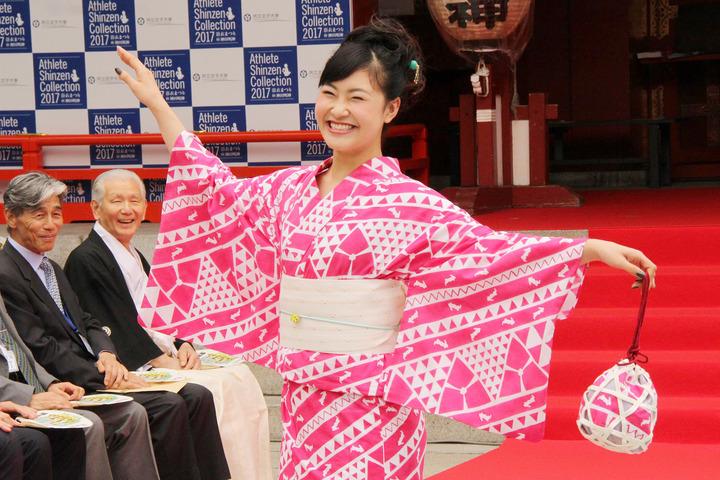 アスリート浴衣のファッションショーで一番上手に歩いていたのは村上佳菜子ちゃん&昼飯旅第2弾が本日放送