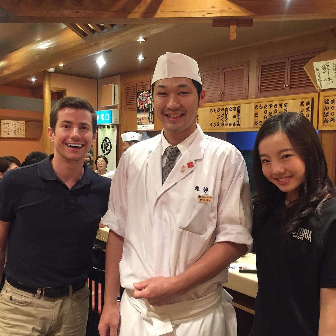 本田真凜がジェフリー・バトルとお寿司屋さんで打ち上げに参加