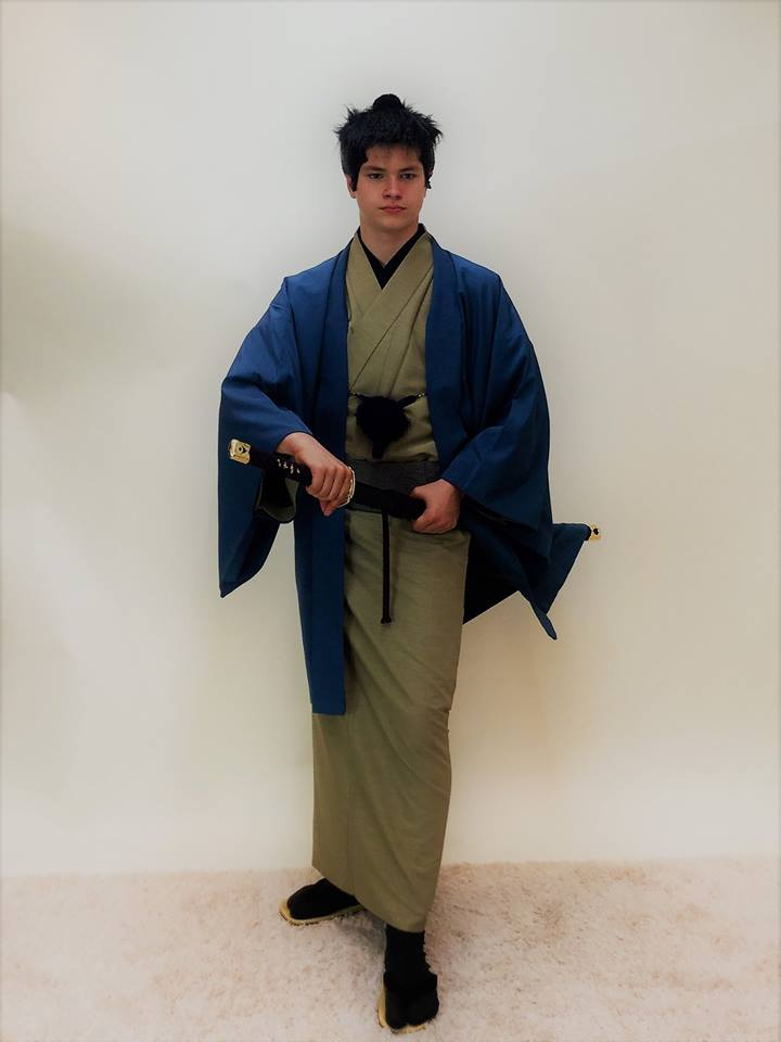 ラトデニ君が和服姿で侍に変身。着物が似合っていてかっこいい