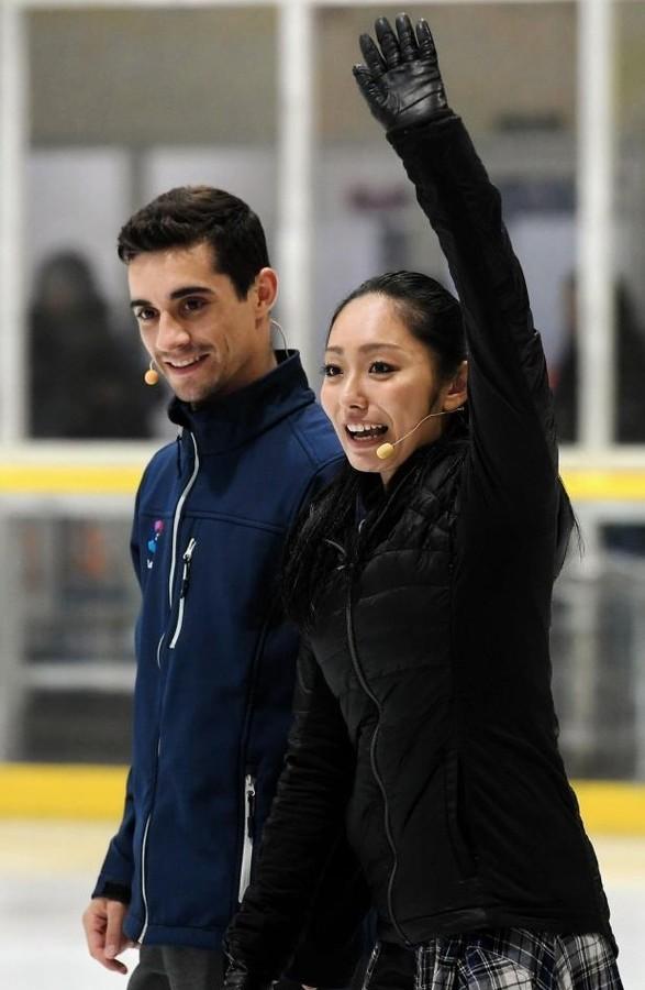安藤美姫とハビエルが仲良くスケート教室で子供達に指導。交際については無言