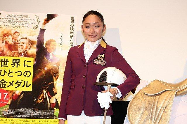 安藤美姫が自身をヒールイメージ。浅田真央とは「黒鳥と白鳥」「天使と悪魔」で共演!?