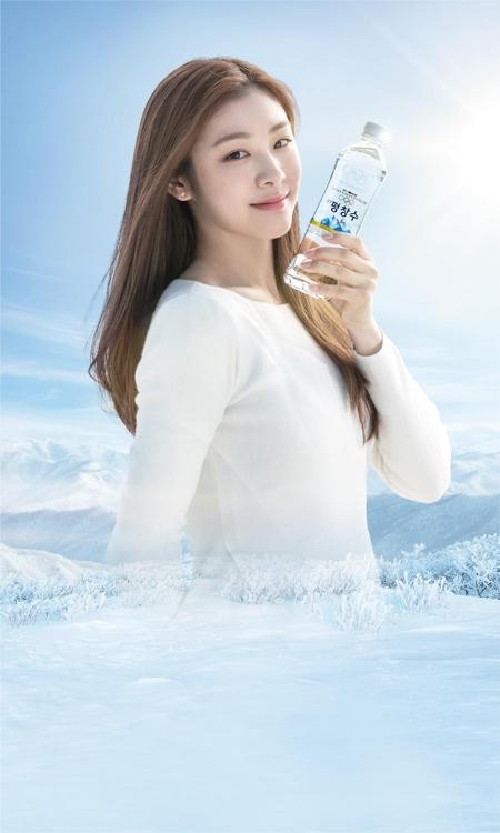 韓国のキム・ヨナが平昌五輪公式飲料水モデルに決定
