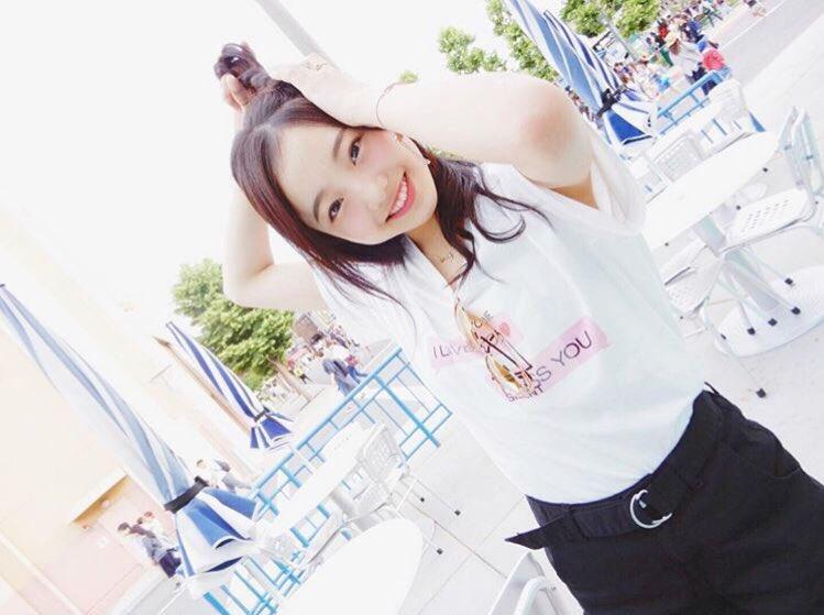 本田真凜が夏にぴったりの爽やかショットを公開。あまりの可愛さにファンも熱狂