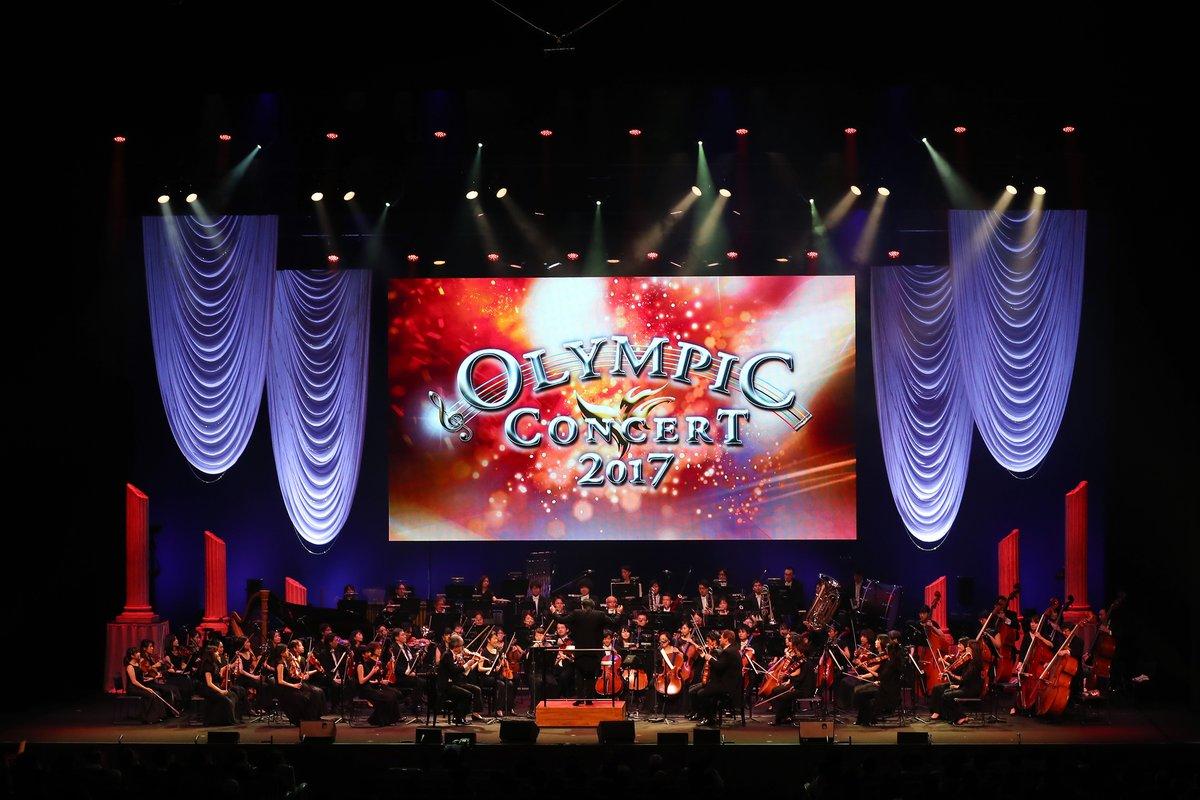 オリンピックコンサート2017。ダッタンジンの踊りに合わせてパリ散で初々しく耀く羽生結弦選手の映像を放送