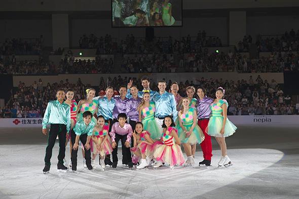 浅田真央のザ・アイス2017公式サイトで過去の公演の様子を収めた写真を公開
