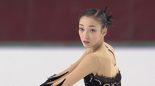 飯塚杯で本郷理華選手が優勝。平昌オリンピック目指して新プログラムを披露