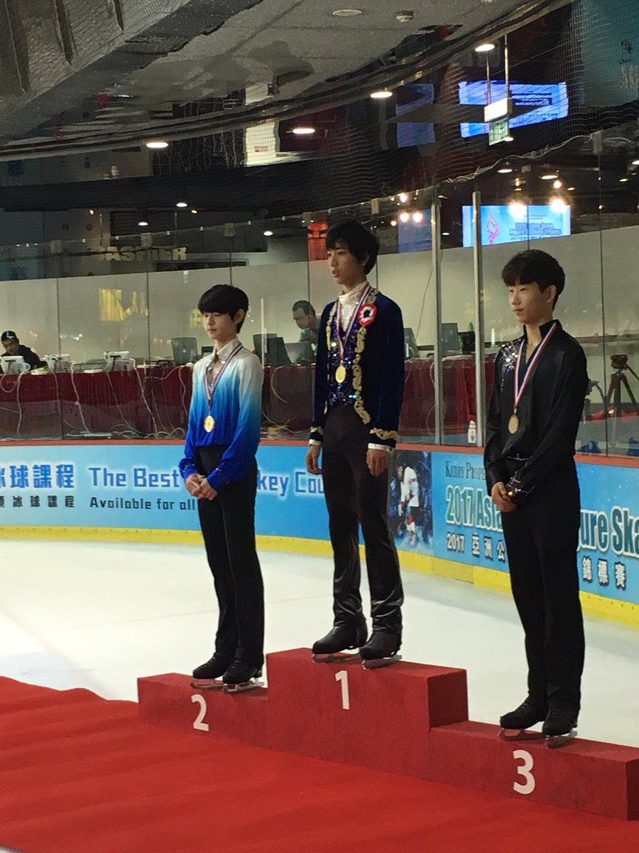 香港で開催されたアジアンオープントロフィー2017で男子ジュニアの三宅星南が優勝。韓国の美青年パク・ソンフンは2位に