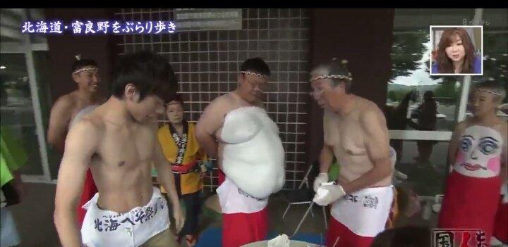 織田信成さんが人生初のへそおどりを披露。腹筋がしっかり割れていてカッコいい筋肉質な体に驚き