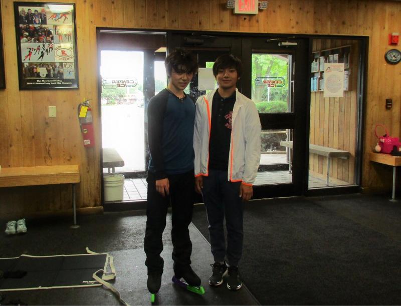 海外のファンも喜んでる?宇野昌磨選手と弟とのツーショット写真を公開