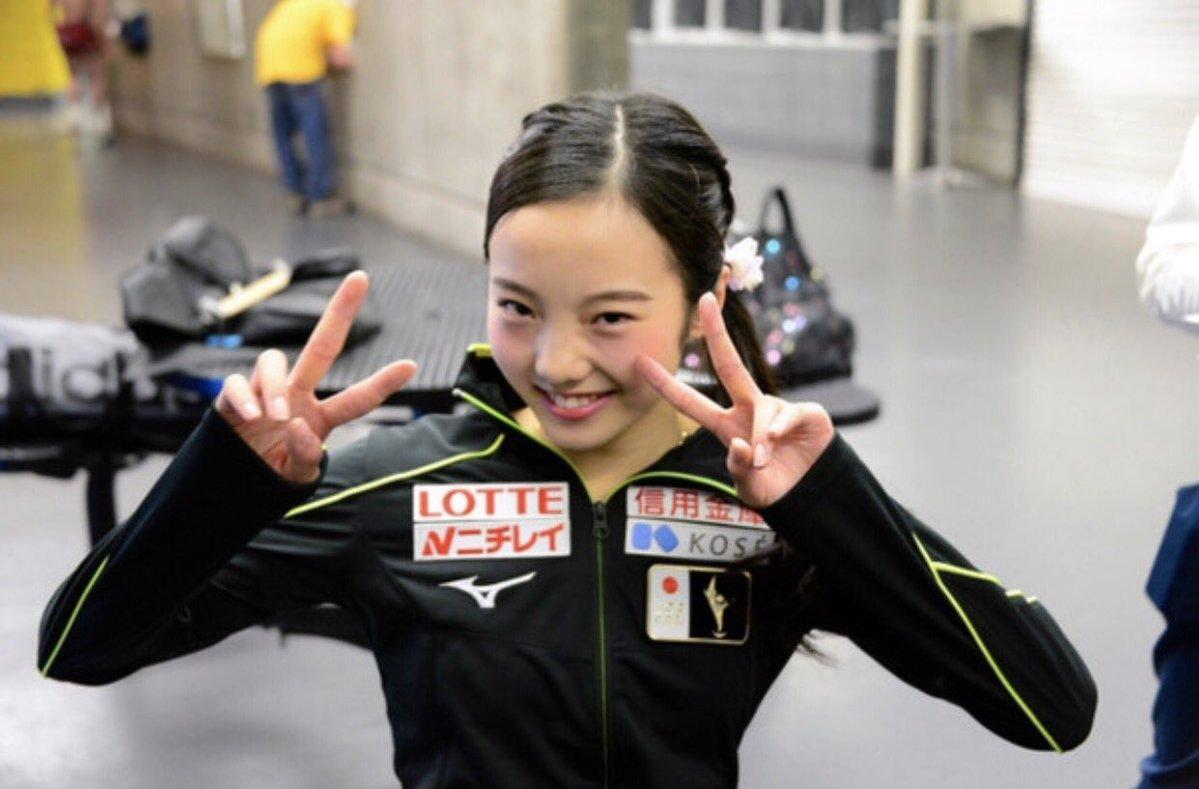 優勝から一夜明け本田真凜がSPの振り付けの為カナダへ出発「衣装も入れました!」
