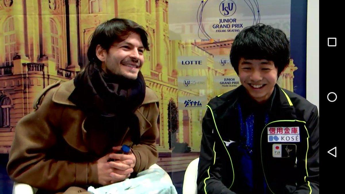 キスクラでコーチのステファン・ランビエールと島田高志郎の並びにファンは興奮