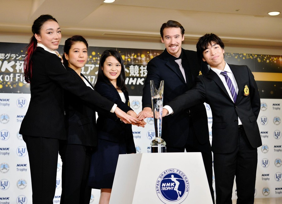 NHK杯開催発表会見。宮原知子の今季テーマは「初志貫徹」&羽生結弦はビデオメッセージでNHK杯への意気込みを語る