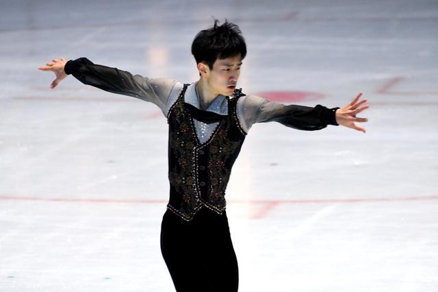 骨折から復帰の 山本草太、5位で全日本へ フィギュア西日本
