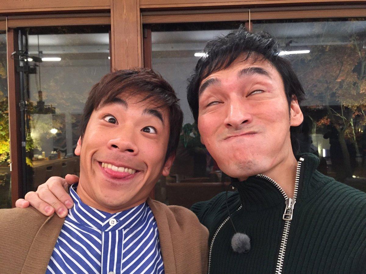 AbemaTVに出演した草なぎ剛&稲垣吾郎が変顔デビュー。織田信成SNSで大反響