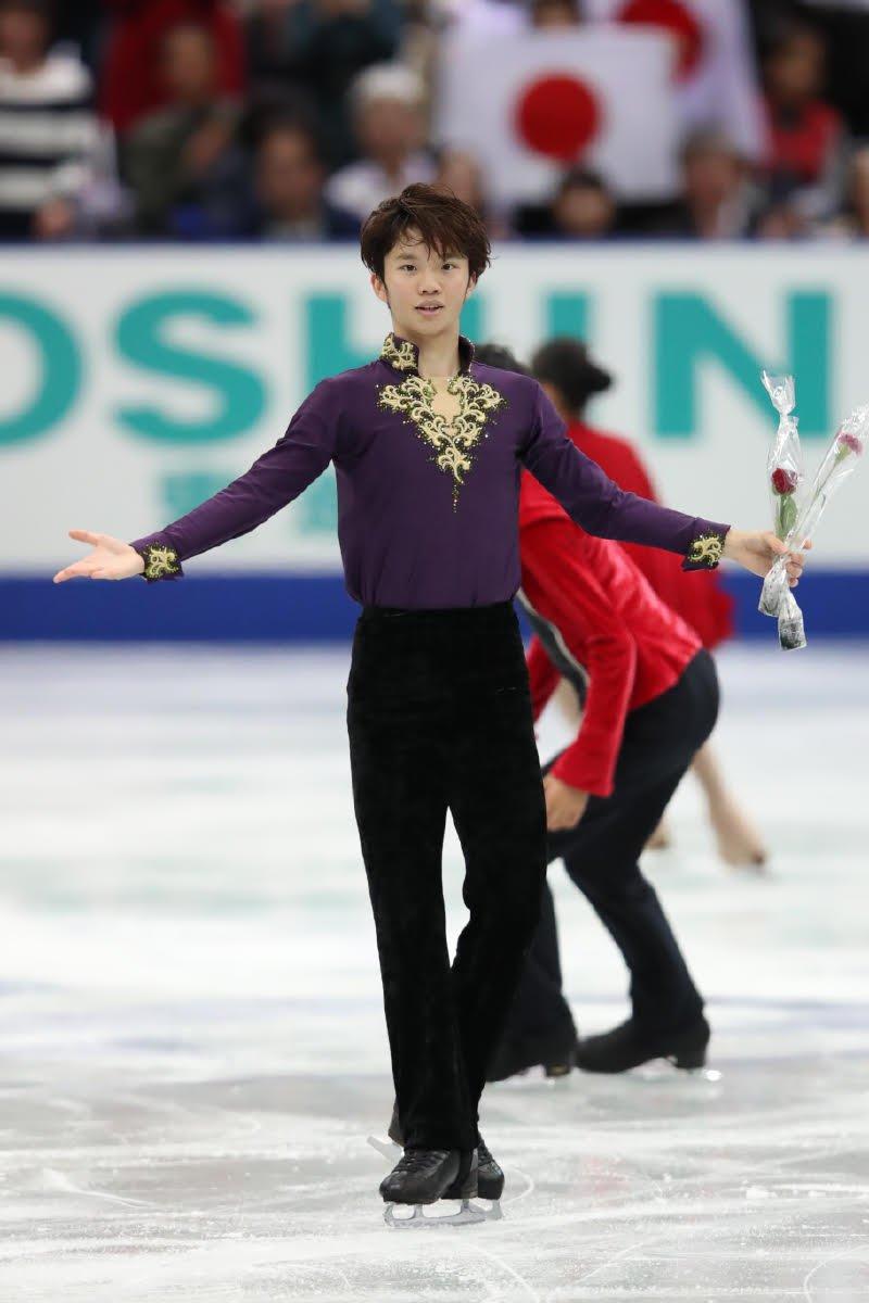 羽生欠場の日本勢そろって自己新も…友野6位、佐藤10位 NHK杯男子SP
