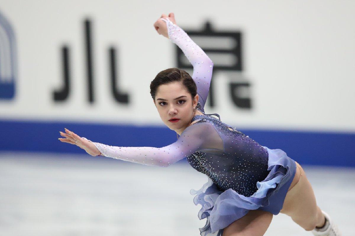 NHK杯2017。女子SPはエフゲニア・メドベージェワが首位発進。本郷理華は4位・宮原知子は6位