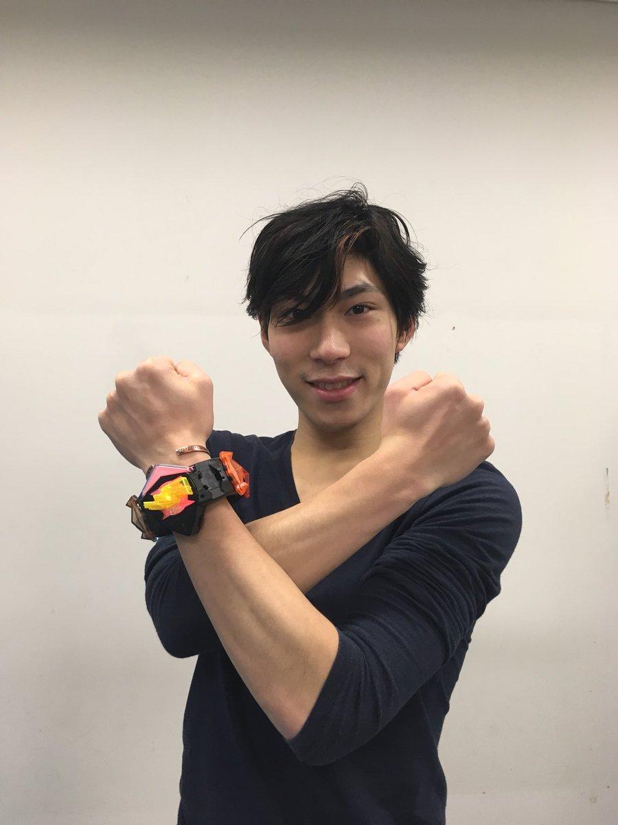 田中刑事選手が友人の川原星選手から貰った誕生日プレゼントを公開