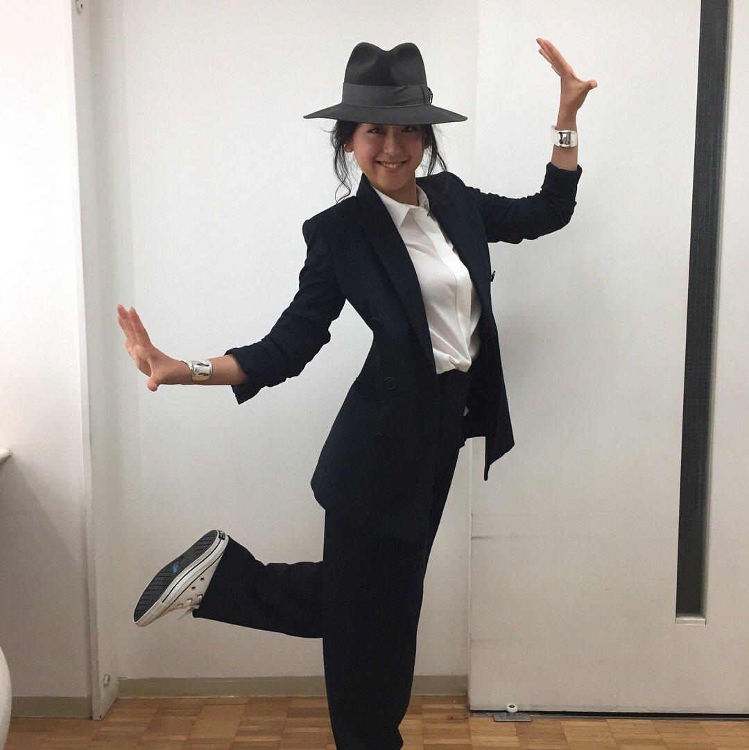 12月21日発売のGINGER2月号に浅田真央のロングインタビューを掲載。ファッションモデルに挑戦